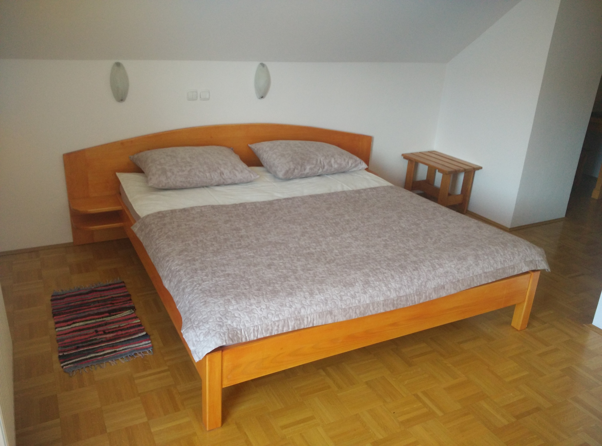 smrekova soba 5